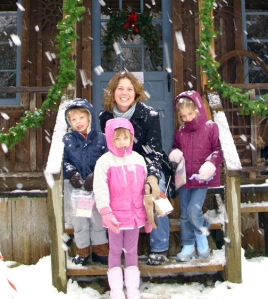 susan and kids in snow