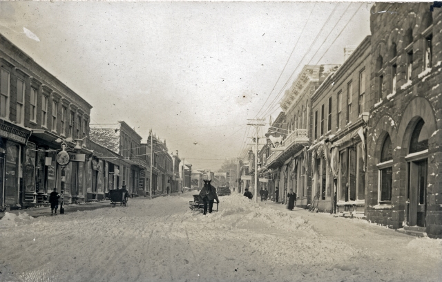 High Street - courtesy of Mineral Point Historical Society Photo Collection